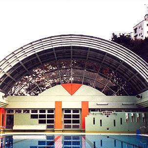 都立七生特別支援学校プール可動式上屋